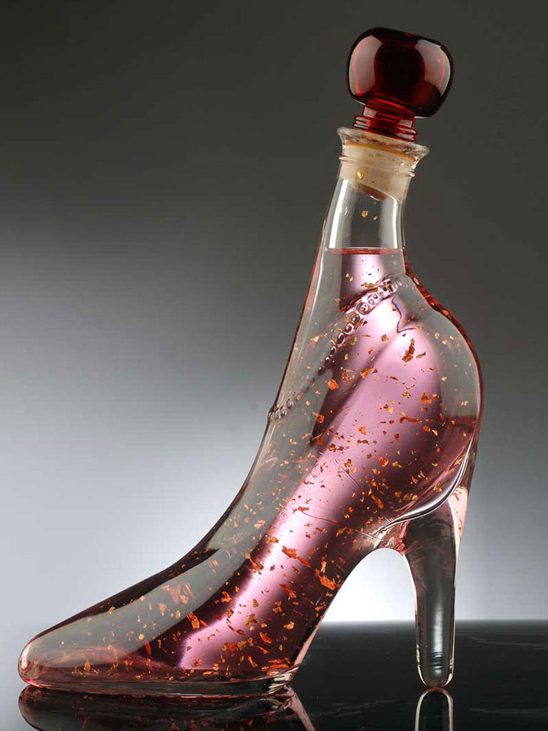 Pink Vodka Gold with Edible 22 carat gold flakes in Lady Shoe 350ml
