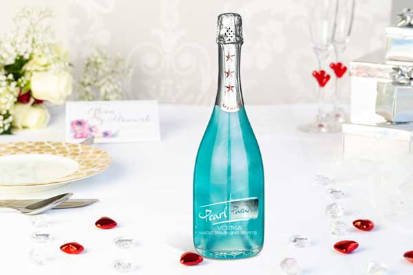 Shimmering & Colour Changing Sparkling Blue Vodka Gift - Pearl Paradise 700ml - 17.5%
