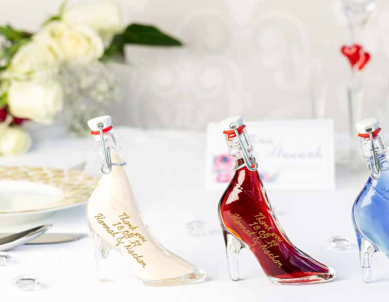 IL Gusto wedding favours - ladyshoe bottle
