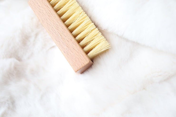 A brush for intensive cleaning, the Kihon Plastic Brush. Get yours now at Vault.PH Home of the Top Lifestyle Brands in the Philippines : Kihon Basics , Crep Protect Philippines , Private Label NYC , Rastaclat Philippines and more.