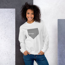 Load image into Gallery viewer, home. Sweatshirt - Model Women's