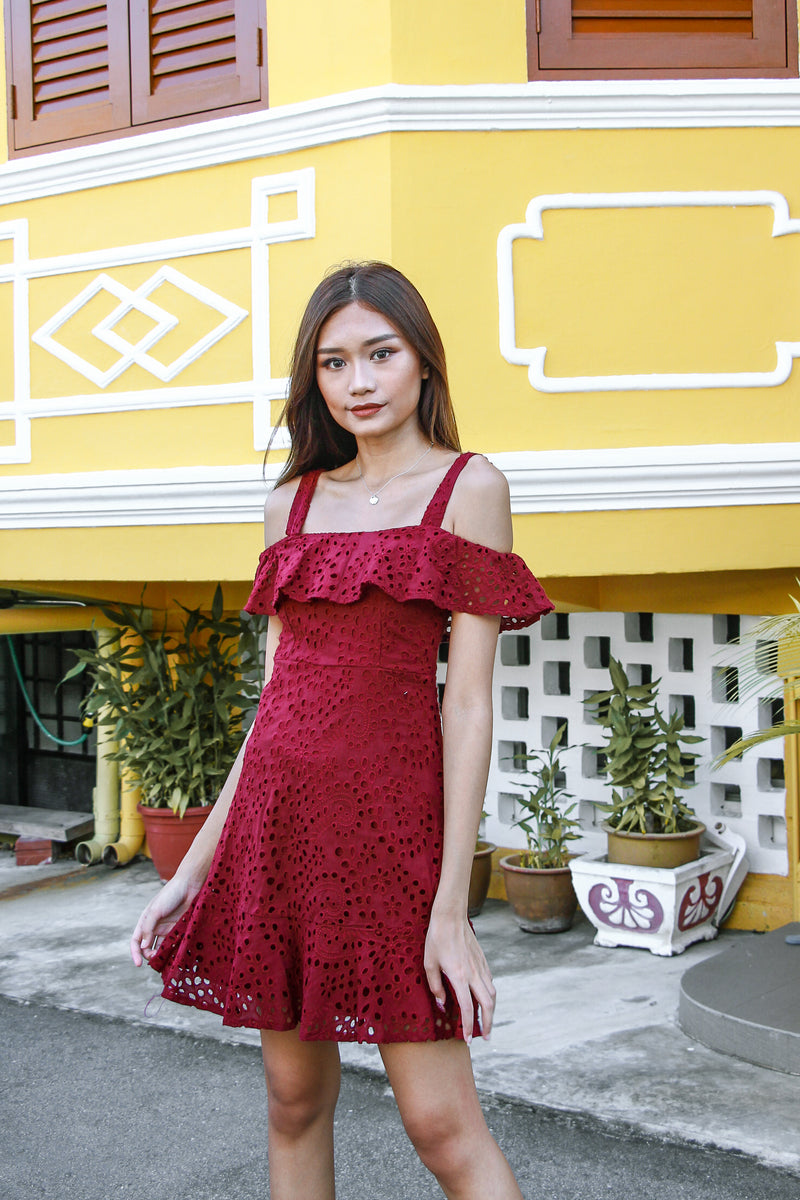 Jill Crochet Dress (Wine Red)
