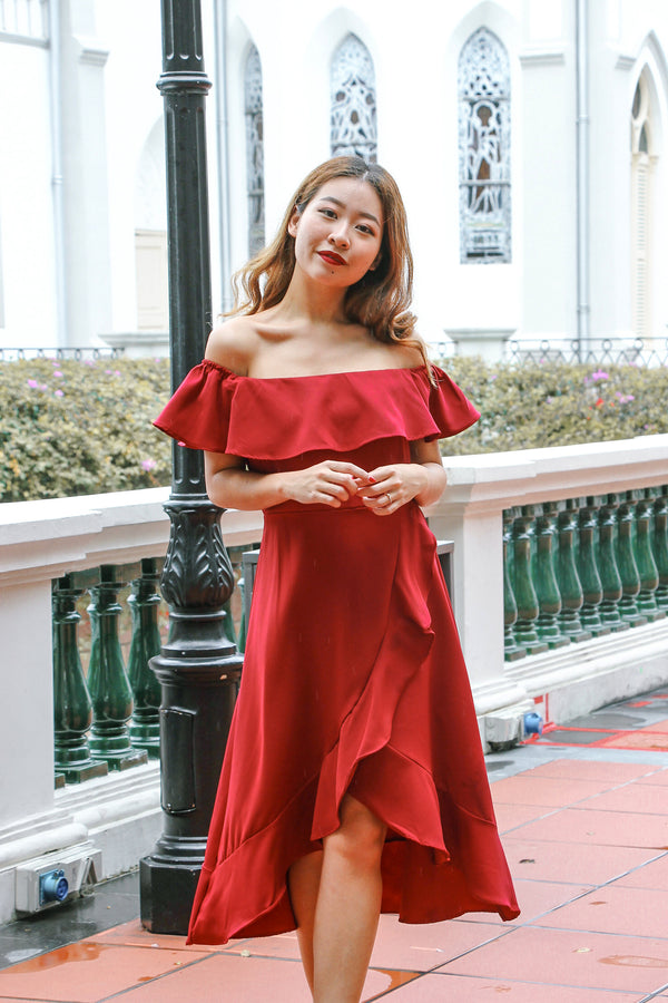 Rach Ruffle Off Shoulder Dress (Lucky Red)
