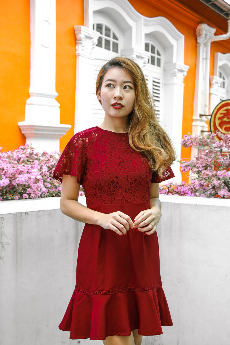 Dee Lace Dress (Wine Red)
