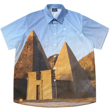 Load image into Gallery viewer, Hélas Pyramide Shirt