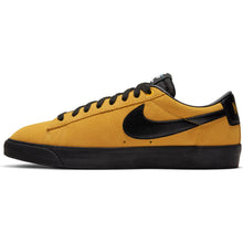 Load image into Gallery viewer, Nike SB Zoom Blazer Low GT university gold/black-university gold