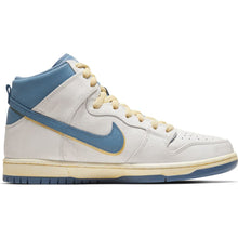 Load image into Gallery viewer, Nike SB x Atlas Dunk High Pro ISO light photo blue/university red