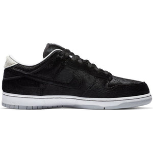 Nike SB x Medicom Dunk Low OG QS black/black-white