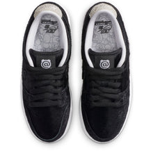 Load image into Gallery viewer, Nike SB x Medicom Dunk Low black/black-white kids'