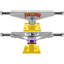 Load image into Gallery viewer, Venture x Thrasher 6.1 trucks polished/yellow 8.75""