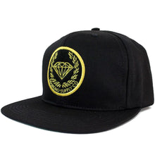 Load image into Gallery viewer, Diamond Crest black cap
