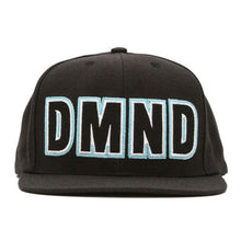 Load image into Gallery viewer, Diamond Felt black snapback cap