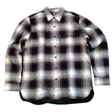 Load image into Gallery viewer, Levi's Skate Quilted Mason plaid black shirt