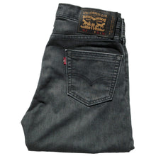 "Load image into Gallery viewer, Levi's Skate 513 streets jeans 30"" leg"