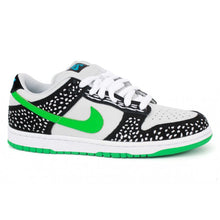 Load image into Gallery viewer, Nike SB Dunk Low premium neutral grey/green spark-black