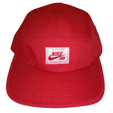 Load image into Gallery viewer, Nike SB hyper red 5 panel cap