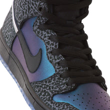 Load image into Gallery viewer, Nike SB x Black Sheep Dunk High Pro QS black/black-dark grey-metallic silver