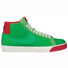 Load image into Gallery viewer, Nike SB Blazer premium green spark/pimento