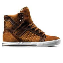Load image into Gallery viewer, Supra Skytop brown suede