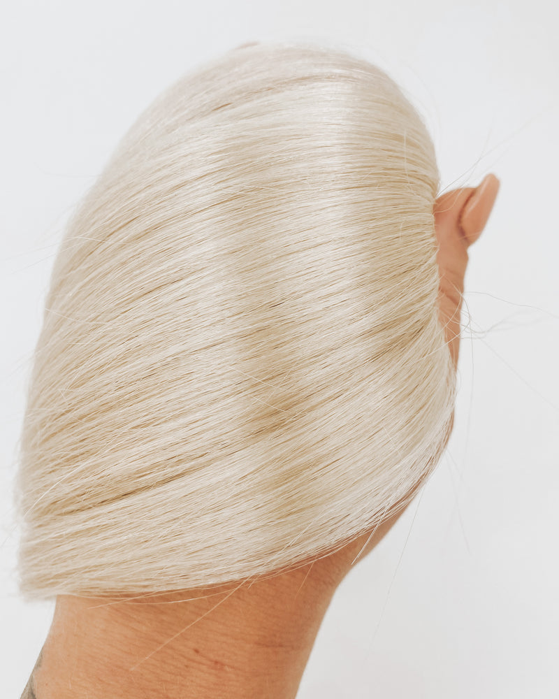 EXCLUSIVE TAPE IN HAIR EXTENSIONS-601 PUREST BLONDE-20 inch