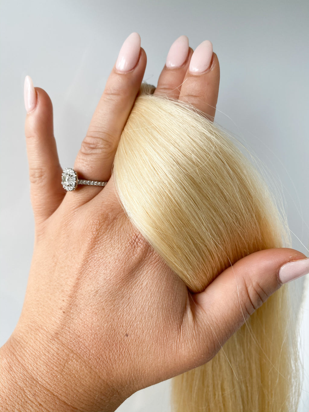TAPE IN HAIR EXTENSIONS-613-Platinum Blonde