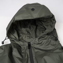 Load image into Gallery viewer, Light raincoat  OW18036
