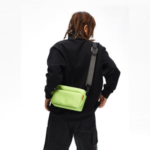 KON Pantone color shoulder bag