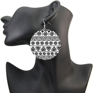 Africa inspired earrings | Black & White tribal