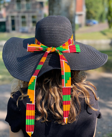 Black summer hat with African print strap - Green Kente