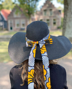 Black summer hat with African print strap - Yellow red flowers