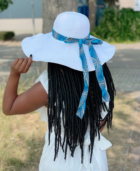 White summer hat with African print strap - Blue Triangles