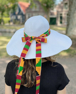 White summer hat with African print strap - Green kente