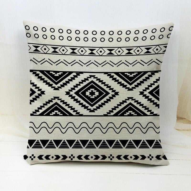 African pillow cover | Black / white Aztec - Decorative pillow 45x45cm