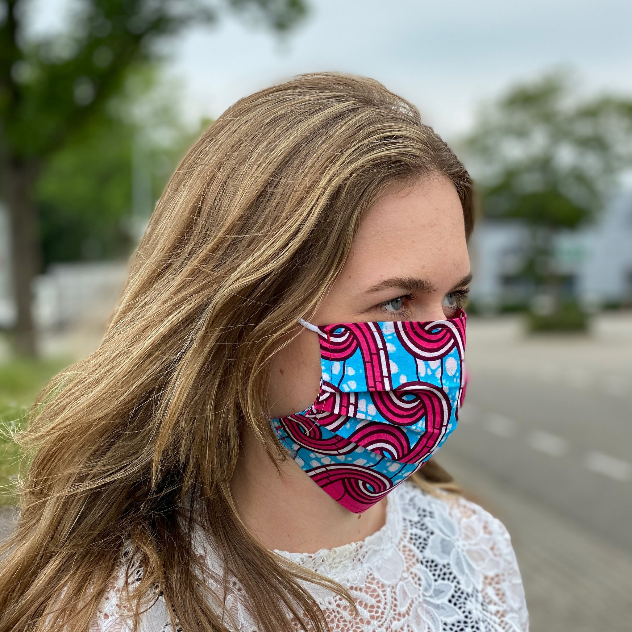 African print Mouth mask / Face mask made of 100% cotton - Pink blue heraldic
