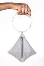 Load image into Gallery viewer, PYRAMID BAG IN METALLIC MESH WITH CIRCLE METAL HANDLE