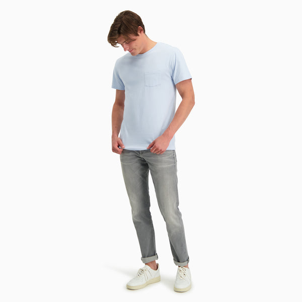 Crew Neck Pocket T-shirt | Light Blue