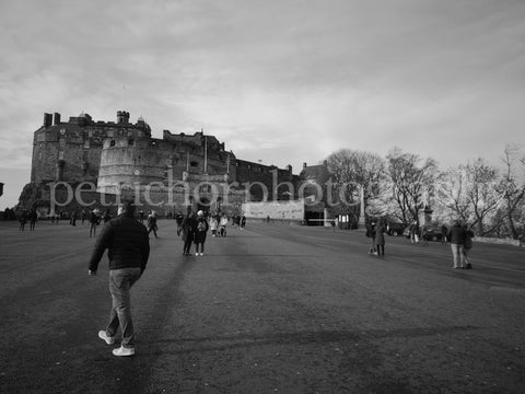 Sightseeing in Scotland BW