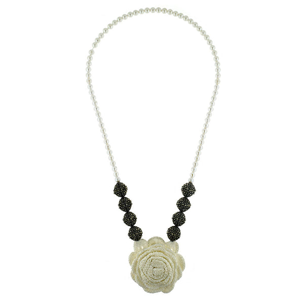 Big rose necklace