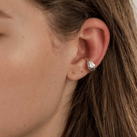 Iameleni Meltdown ear cuff