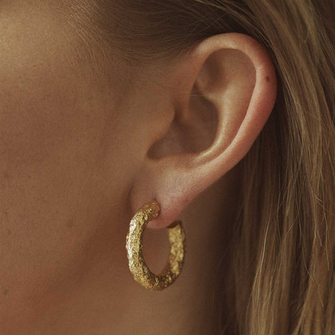 Chunky Earrings Gold Nootka Jewelry øredobber i gull