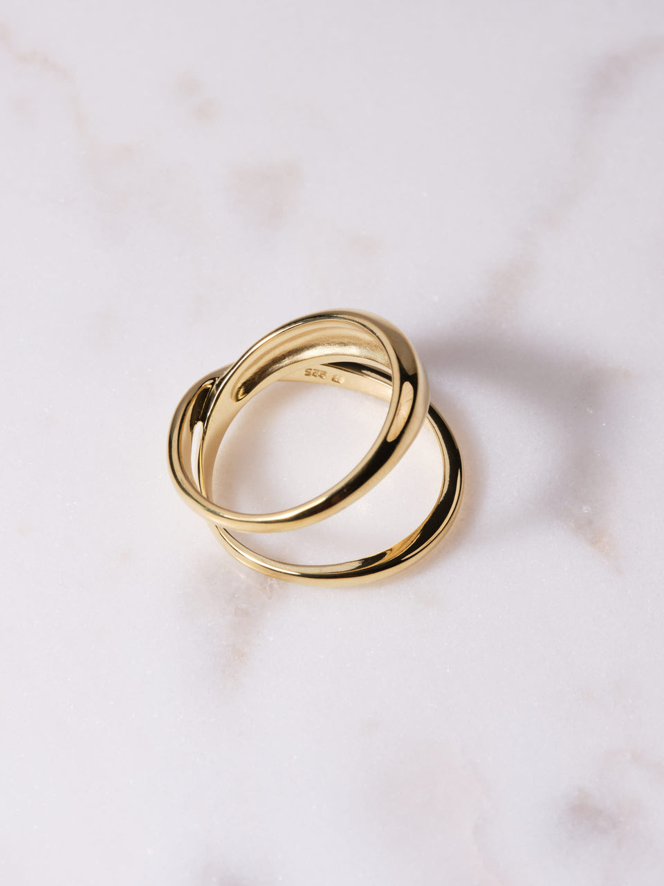 Trine Tuxen / Loop Ring / Ring i gull