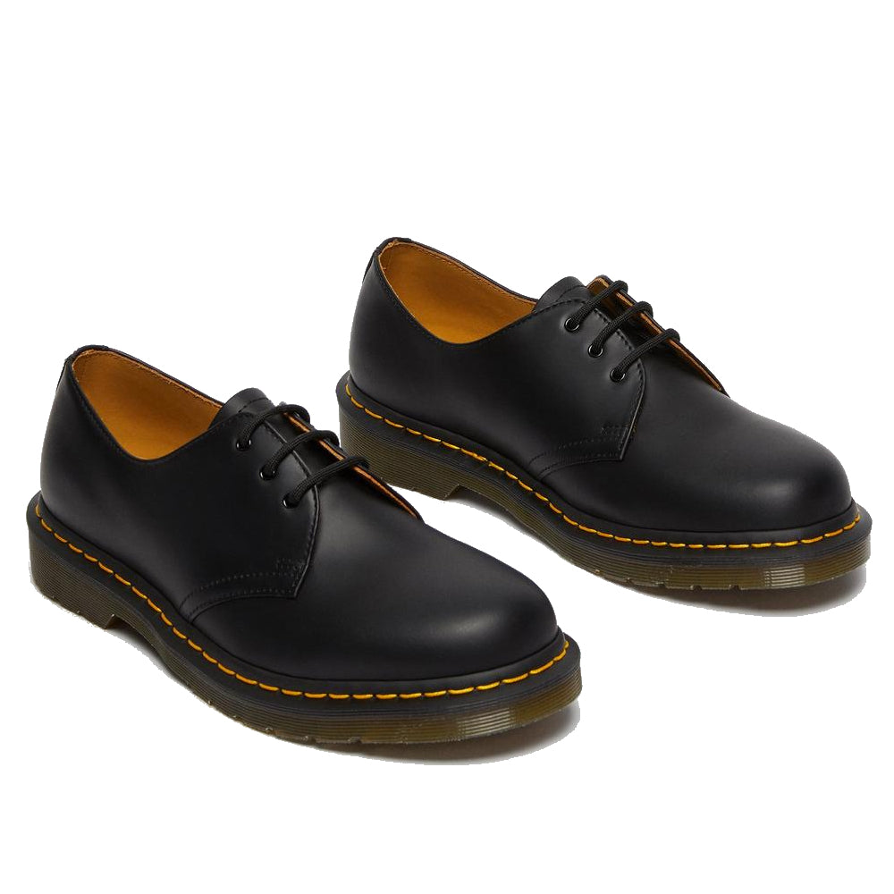 Dr. Martens Smooth Noir Shoe