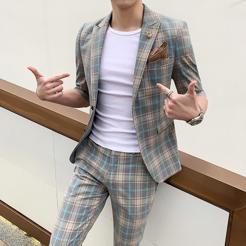 Summer new men's sleeves suits seven-point sleeves small suit suit short-sleeved plaid suit