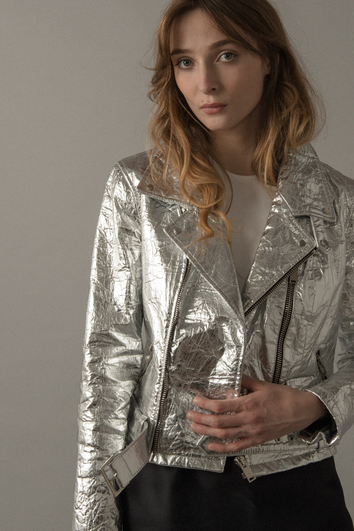 WOMENS NEO-CLASSIC BIKER JACKET IN SILVER