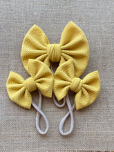 "Load image into Gallery viewer, Honey Mustard - 3"" Small Bow"
