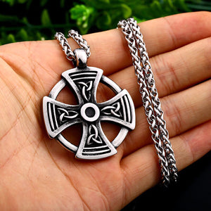 GUNGNEER Irish Celtic Knot Cross Trinity Pendant Necklace Stainless Steel Jewelry