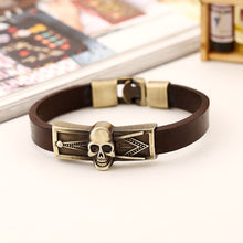 Load image into Gallery viewer, GUNGNEER Skull Mason Bracelet Leather Meaningful Signet Bracelet Jewelry For Men