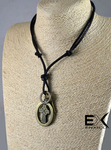 ENXICO Celtic Cross Amulet Pendant Necklace for Women & Men ? Irish Celtic Jewelry