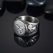 Load image into Gallery viewer, GUNGNEER Celtic Triskele Triskelion Allison Stainless Steel Ring Jewelry for Men Women