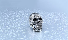 Load image into Gallery viewer, GUNGNEER Stainless Steel Flower Garden Skull Ring Halloween Biker Gothic Jewelry Men Women
